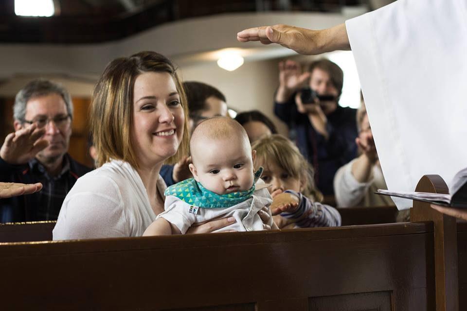 Un baptême à la télé